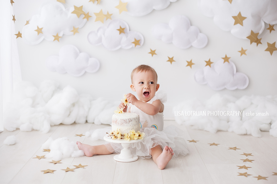 baby-girl-cake-smash