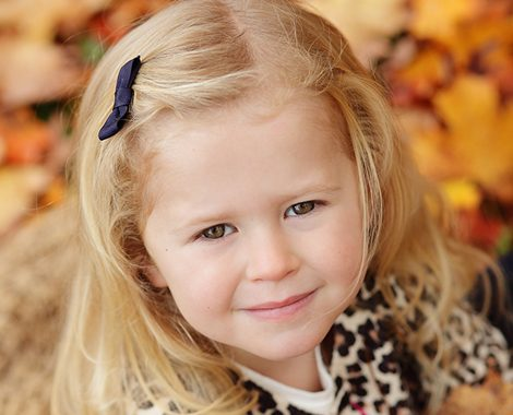 kids-portrait-fall-leaves