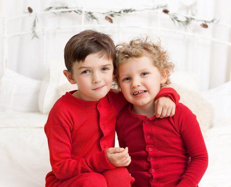 Christmas-kids-portrait-pyjamas